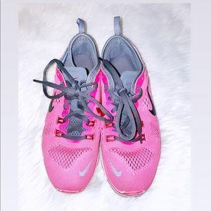 Nike Free Run | Pink Sneakers
